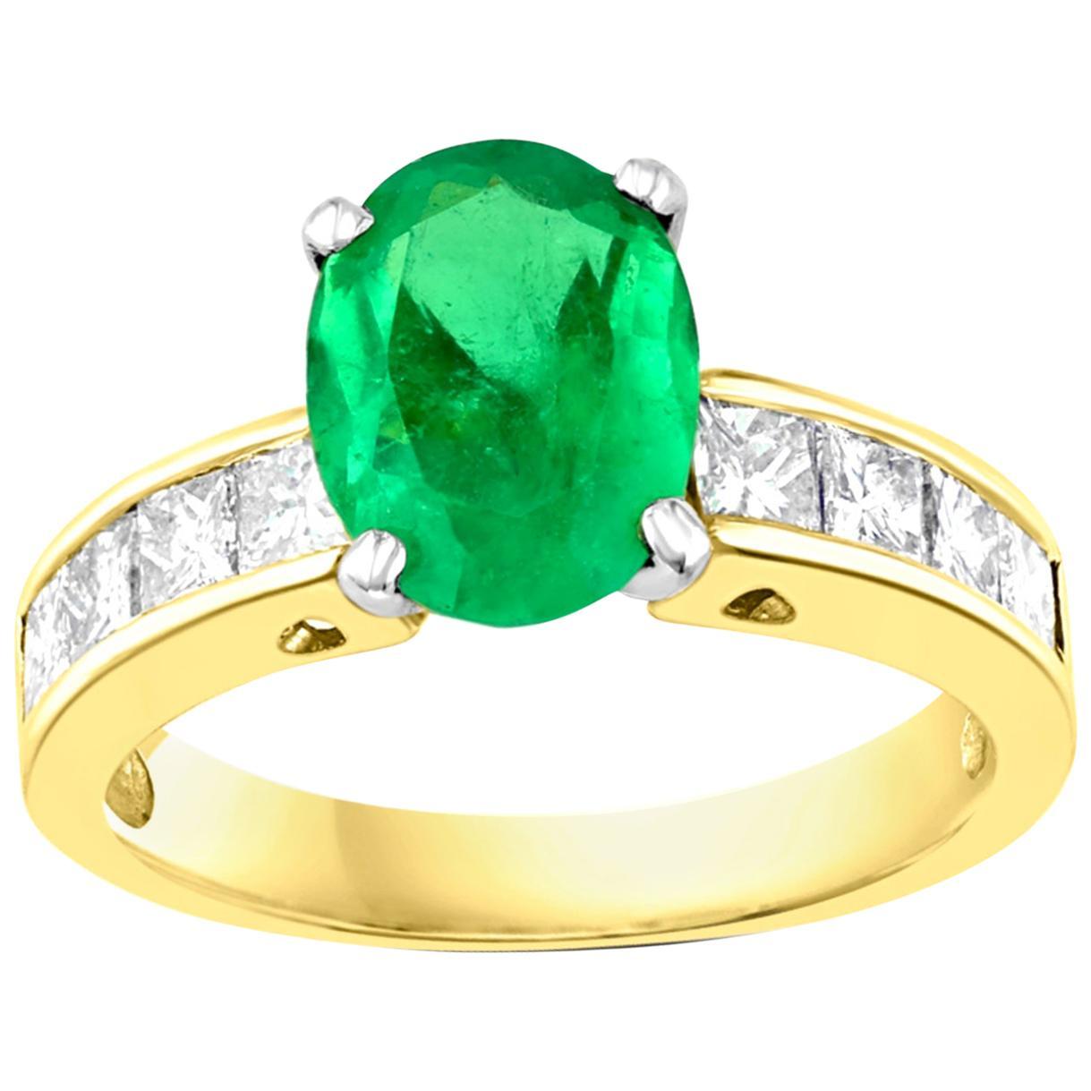 Oval Emerald and Diamond Ring 14 Karat Yellow Gold
