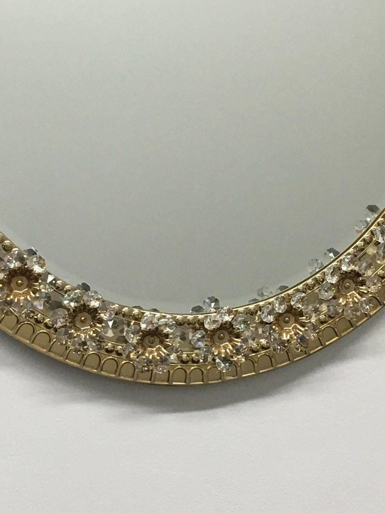 Oval Gilt Brass and Crystal Flowers Mirror by Palwa, circa 1960s For Sale 1