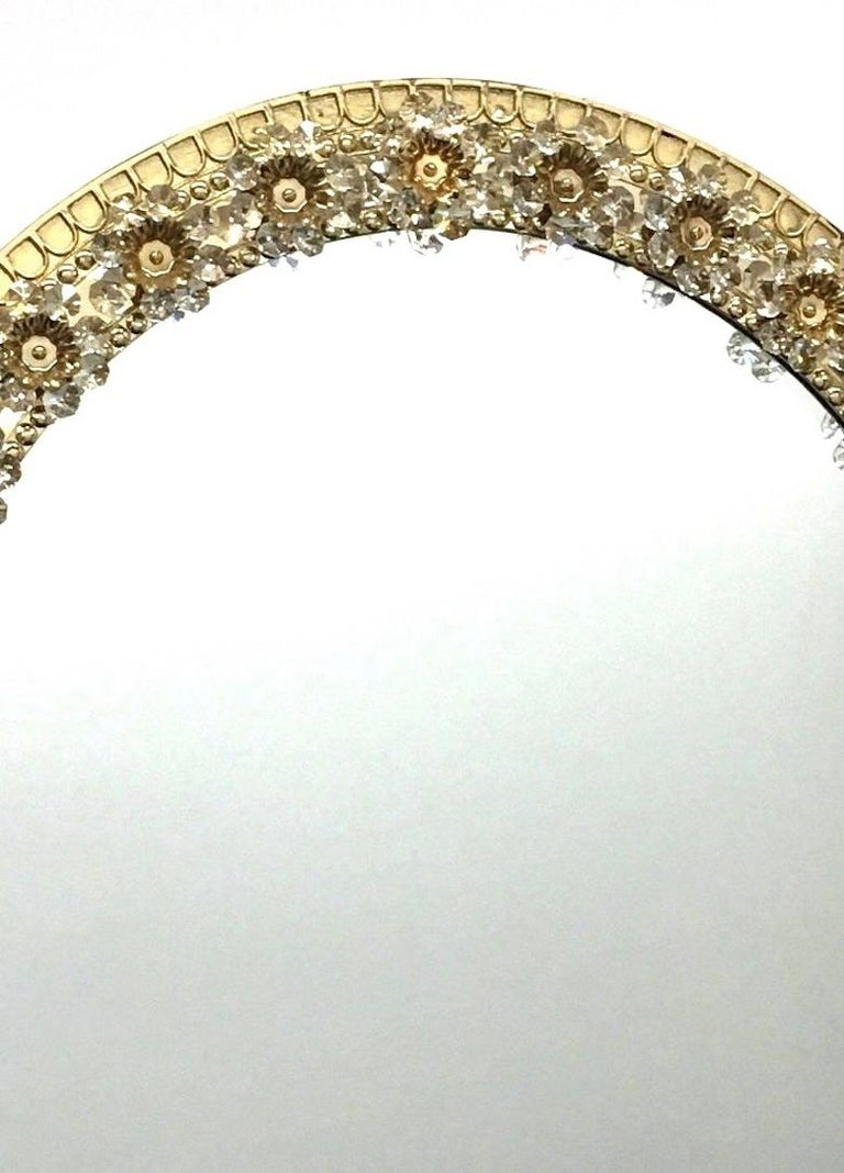 Mid-20th Century Oval Gold Plated Brass and Crystal Flowers Mirror by Palwa, circa 1960s For Sale