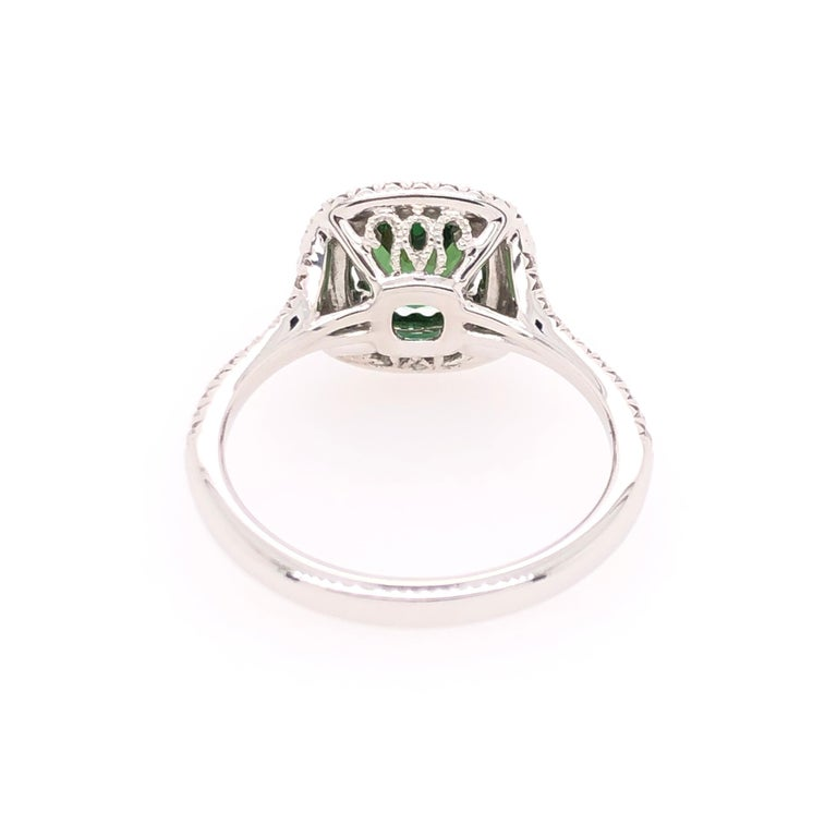 Women's or Men's Oval Green Chrome Tourmaline and White Gold Ring For Sale