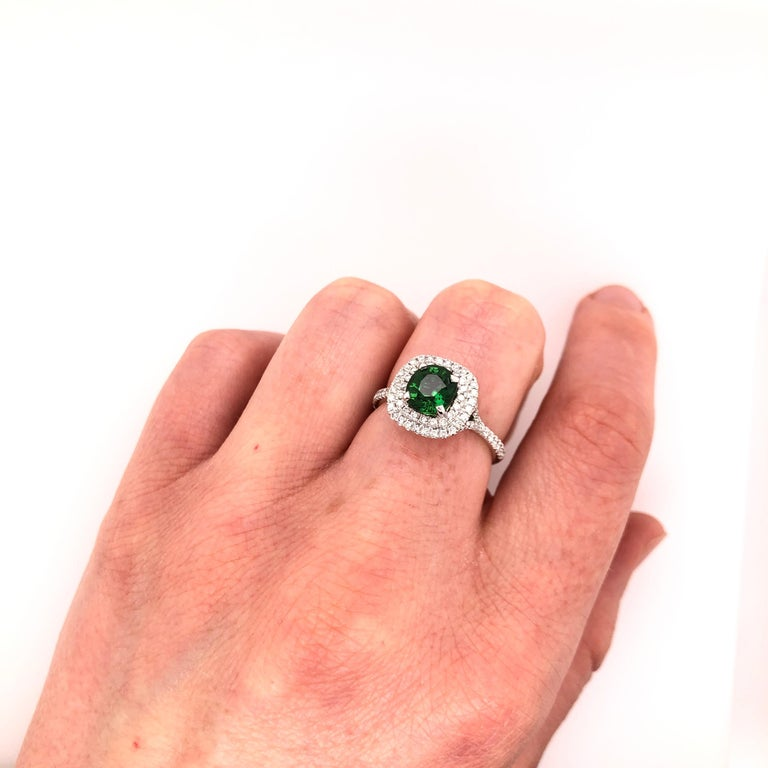 Oval Green Chrome Tourmaline and White Gold Ring For Sale 3