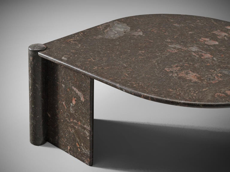 Oval Italian Coffee Table in Marble For Sale 2