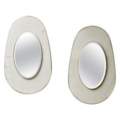 Oval Mirror in Alabaster by Studio Glustin
