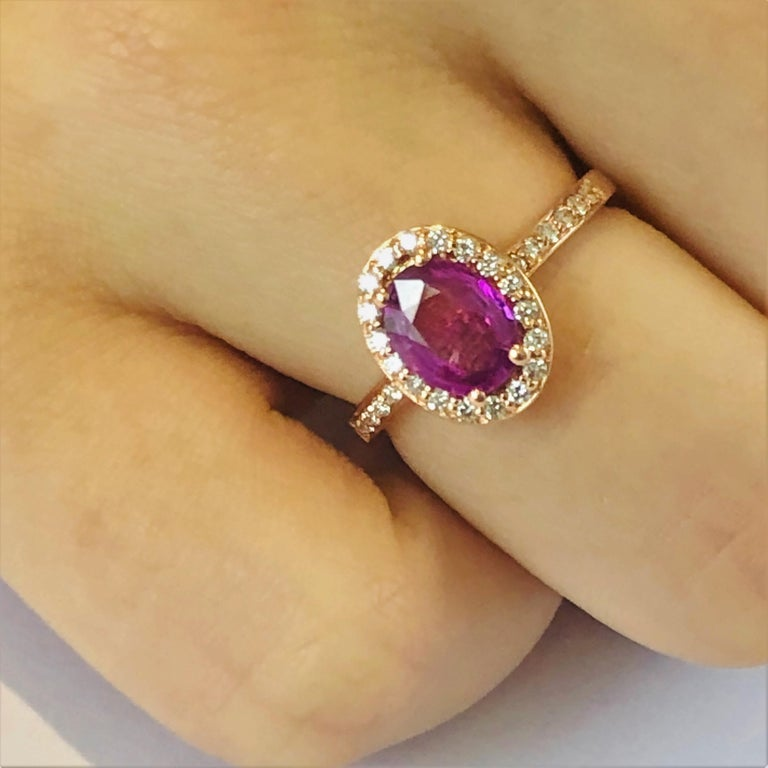 Contemporary Oval Pink Sapphire and Diamond Rose Gold Cocktail Ring Weighing 1.75 Carat For Sale