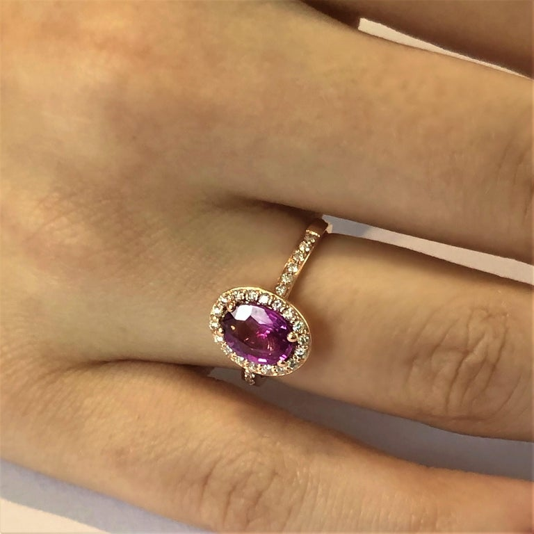 Oval Pink Sapphire and Diamond Rose Gold Cocktail Ring Weighing 1.75 Carat For Sale 1