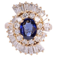 Oval Sapphire & VS Diamond 18K Ring