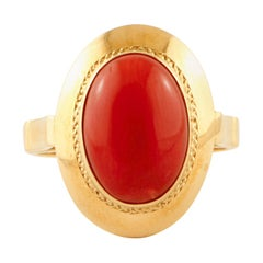 Oval Shape Red Coral, 18 Karat Yellow Gold Cluster/ Fashion Retrò Ring