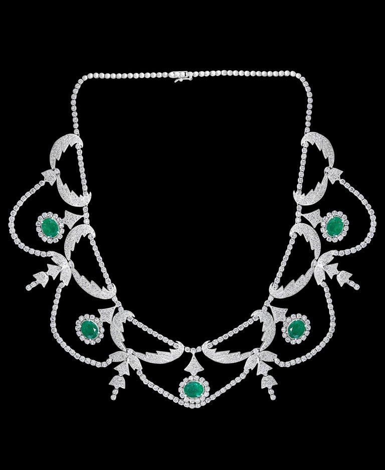 Oval Shape Zambian Emerald and Diamond Fringe Necklace and Earring Bridal Suite In Excellent Condition For Sale In New York, NY