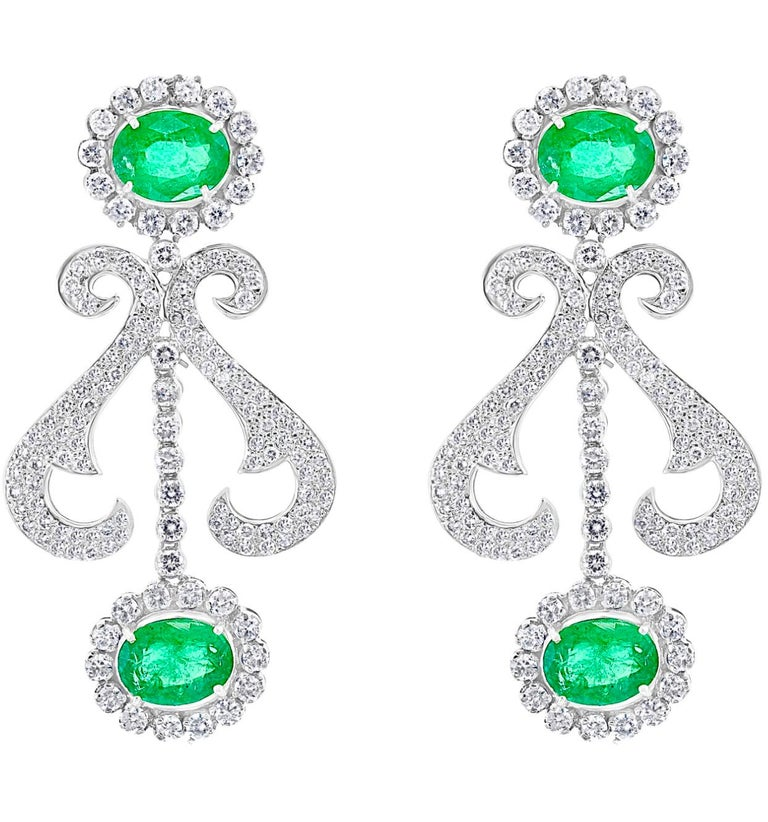 Women's Oval Shape Zambian Emerald and Diamond Fringe Necklace and Earring Bridal Suite For Sale