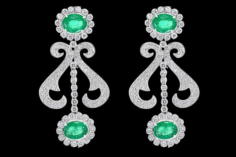 Oval Shape Zambian Emerald and Diamond Fringe Necklace and Earring Bridal Suite For Sale 1