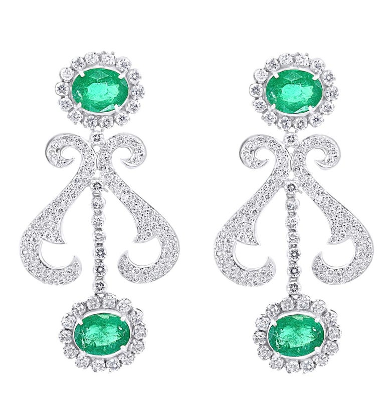 Oval Shape Zambian Emerald and Diamond Fringe Necklace and Earring Bridal Suite For Sale 4