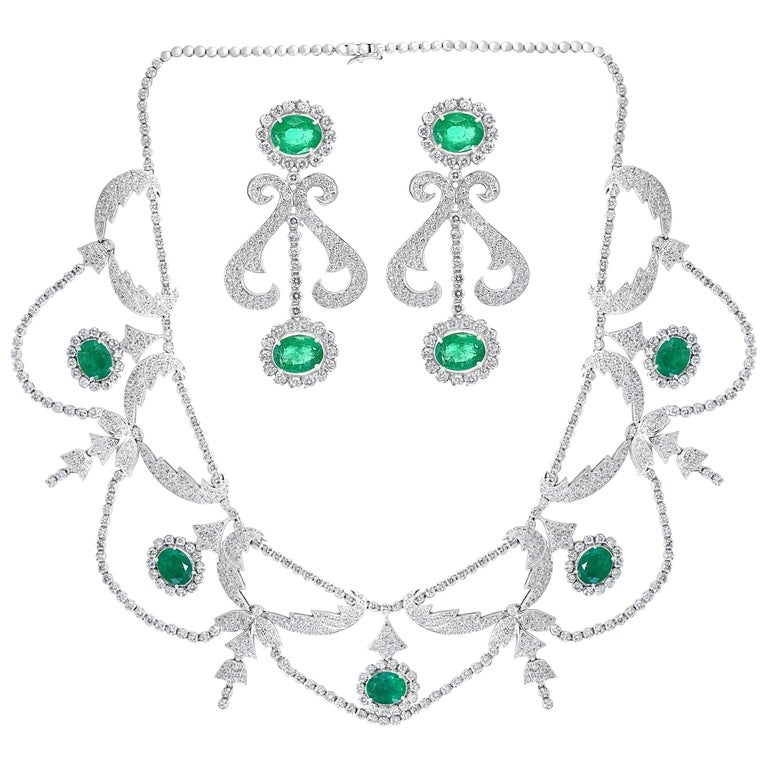 Oval Shape Zambian Emerald and Diamond Fringe Necklace and Earring Bridal Suite For Sale
