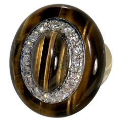 Oval Shaped Classic 1970s Gold Tiger's Eye and Diamond Ring