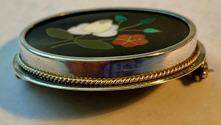 Silver Pietra Dura Oval Brooch In Good Condition For Sale In West Palm Beach, FL