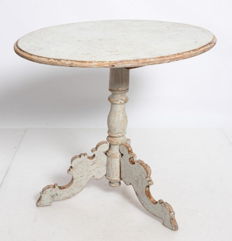 Painted Oval Swedish Side Table For Sale