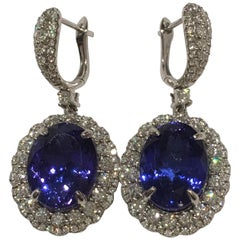 Oval Tanzanite 14 Carat Set in 14 Karat White Gold