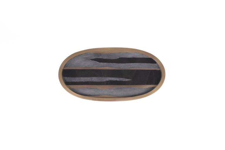 Hand-Crafted Oval Tray inlaid in Blue Shell and Brass by Kifu, Paris For Sale