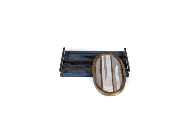 Oval Tray inlaid in Blue Shell and Brass by Kifu, Paris For Sale 2