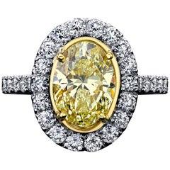 Oval Yellow Diamond Ring 2.52 Carats GIA Certified Plat/18KYG