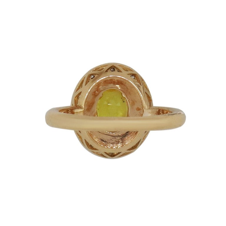 Oval Yellow Sapphire and Diamond Ring In New Condition For Sale In Boca Raton, FL