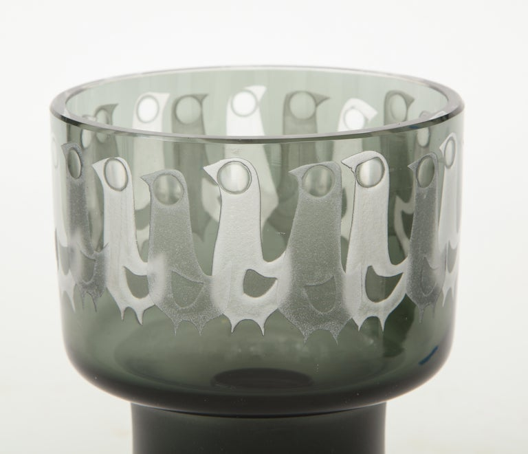 Ove Sandeberg for Kosta Boda Etched Bird Grey Glass Lamp For Sale 2