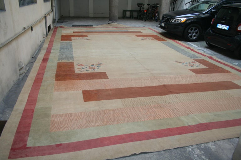 Oversize Antique Art Deco Geometric Rug in the Da Silva Bruhns Style, 1920's For Sale 3