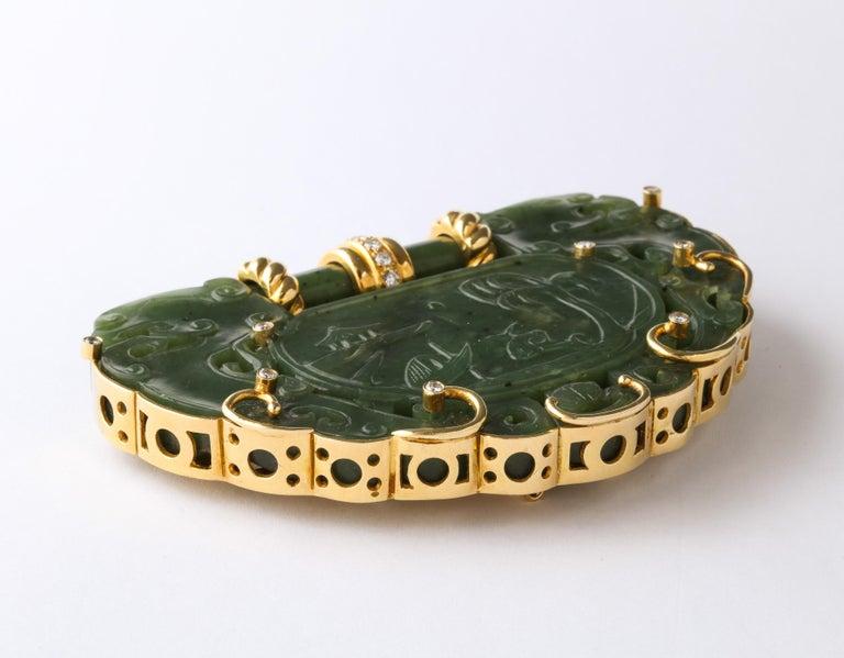 Oversize Nephrite Jade Clip Şet in 18 Karat Yellow Gold For Sale 3