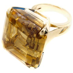 Oversize Retro Citrine Gold Cocktail Ring
