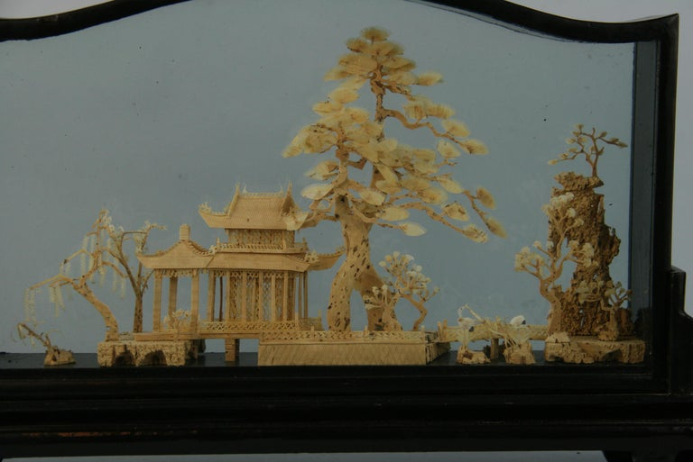 Oversized Antique Chinese Cork Diorama In Good Condition For Sale In Douglas Manor, NY