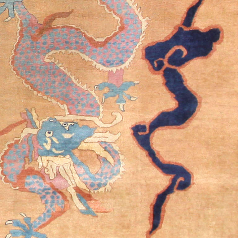 Oversized Antique Dragon Design Chinese Rug. Size: 15 ft 4 in x 22 ft In Excellent Condition For Sale In New York, NY