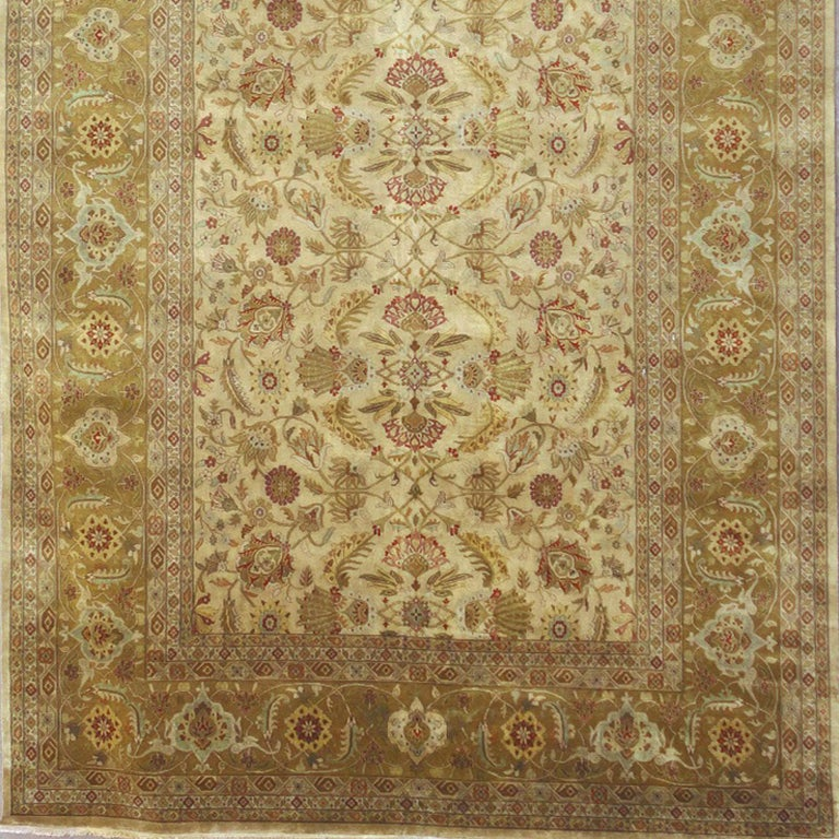 Contemporary Oversized Kohinoor Rug Wool Pile Greys and Greens For Sale