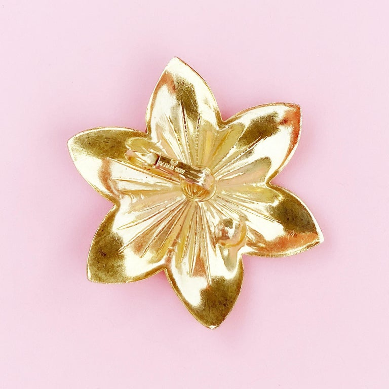 Oversized Textured Gold Flower Earrings By Sarah Coventry, 1970s For Sale 2