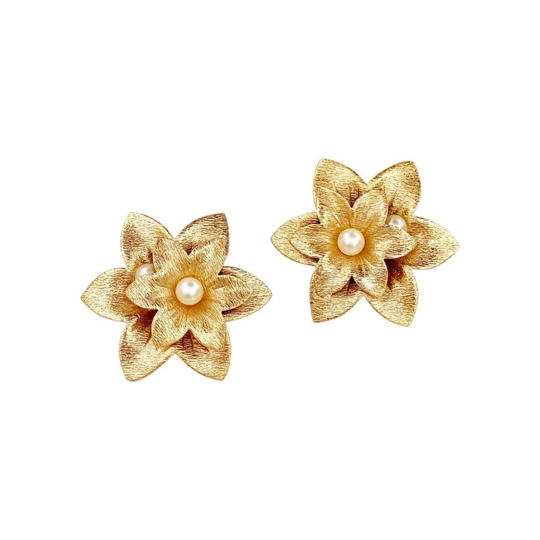 Oversized Textured Gold Flower Earrings By Sarah Coventry, 1970s For Sale