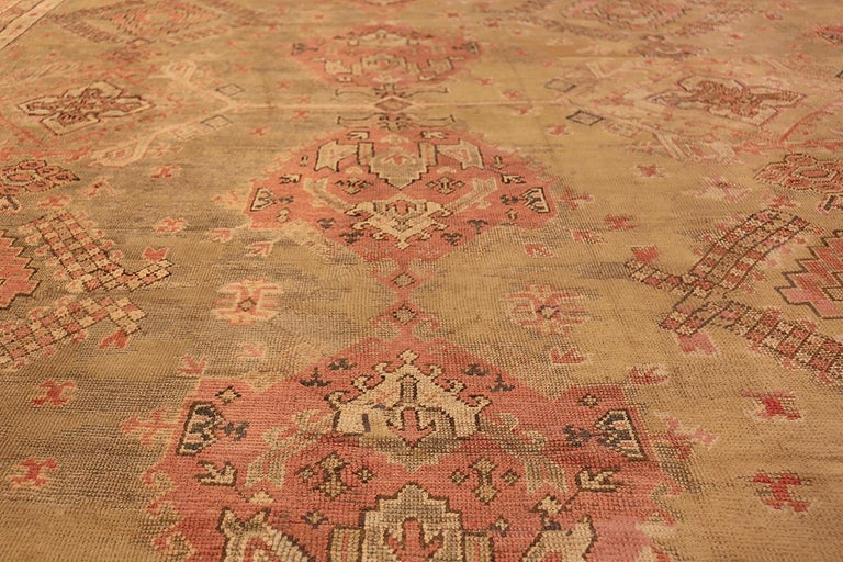 Oversized Tribal Antique Turkish Oushak Rug. Size: 16 ft 3 in x 24 ft 7 in  For Sale 2