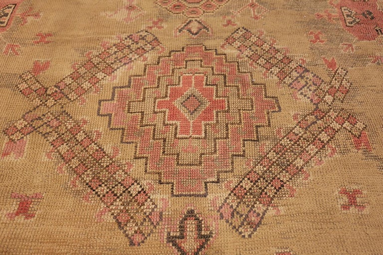 Oversized Tribal Antique Turkish Oushak Rug. Size: 16 ft 3 in x 24 ft 7 in  For Sale 3