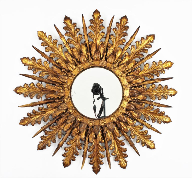 Oversized Triple Layered Gilt Metal Baroque Style Sunburst Mirror, France, 1930s In Good Condition For Sale In Barcelona, ES