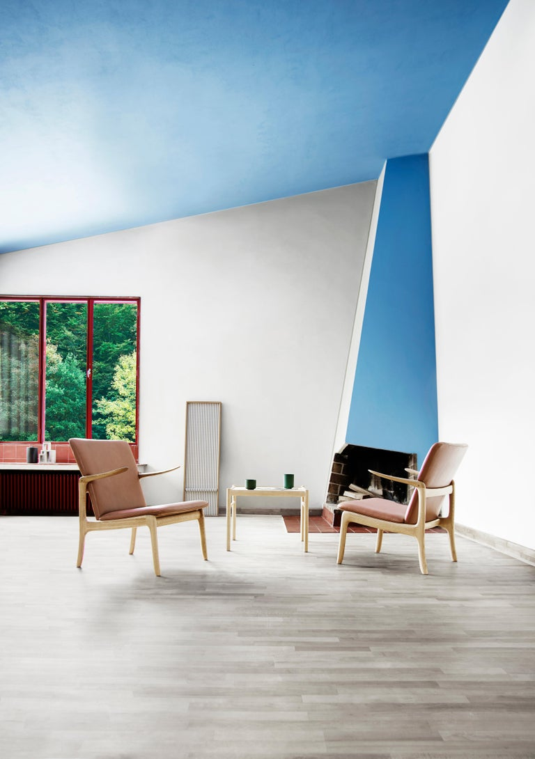OW124 Beak Chair in Walnut Oil by Ole Wanscher For Sale 3