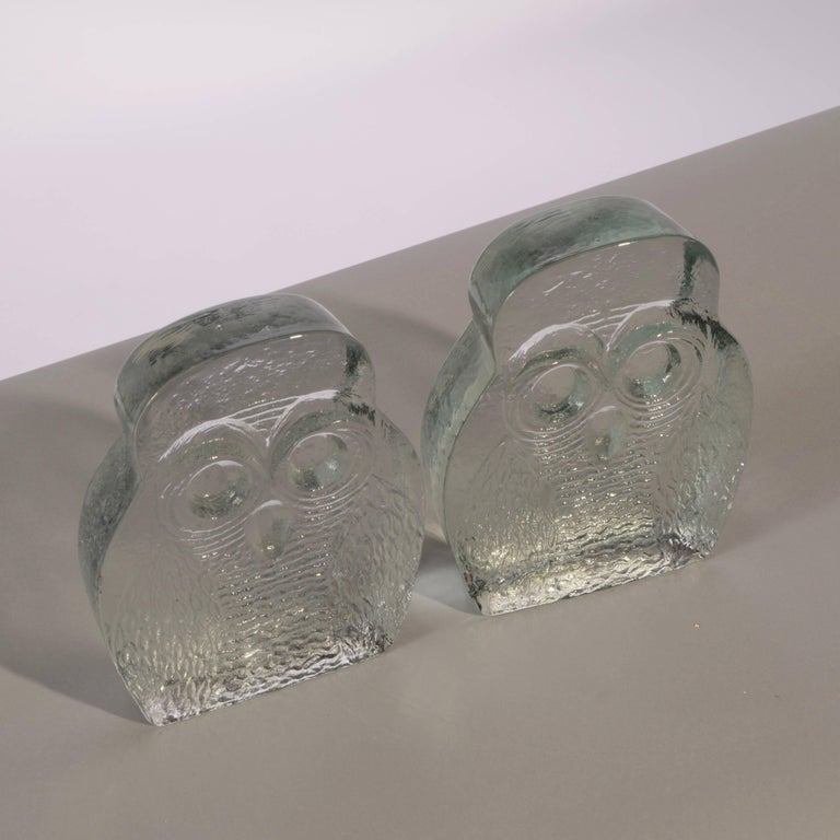 Mid-20th Century Owl Bookends by Blenko For Sale
