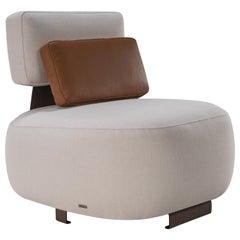 Owl Chair, Without Armrest Color Off-White and Kidney Pillow Caramel, in Stock