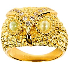 Owl Diamond 0.20 Carat Chrysoberyl 0.50 Carat and 18 Karat Yellow Gold Band Ring