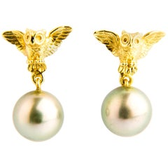 Owl Yellow Gold with Grey Tahiti Pearls Stud Earrings