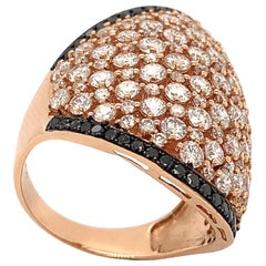 Own Your Story 18 Karat Gold White & Black Diamond Outlined Rounded Shield Ring