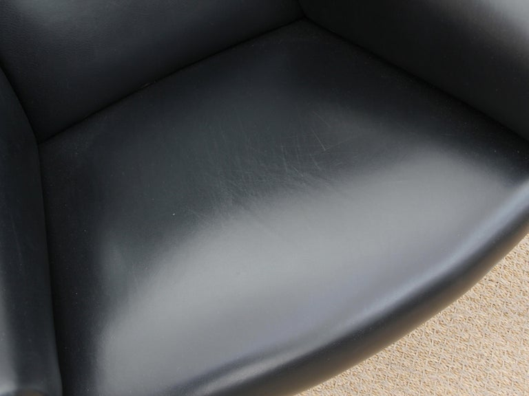 Ox Lounge Chair, Vintage Edition 2006, Black Leather For Sale 2