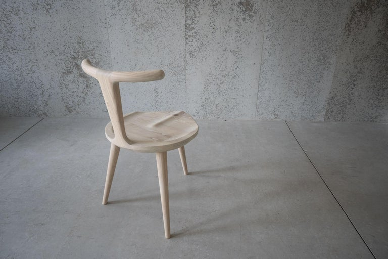 Contemporary Oxbend Chair 3 Legs, Dining Seat in White Ash Wood by Fernweh Woodworking For Sale