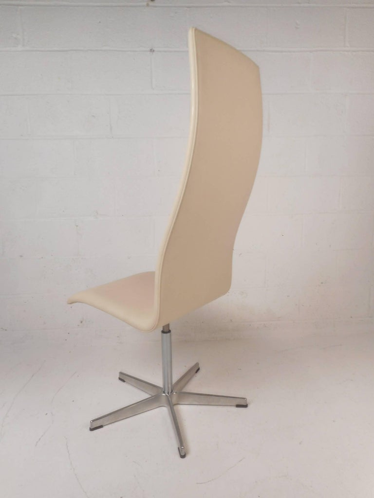 Danish Oxford High Back Swivel Lounge Chair by Fritz Hansen For Sale