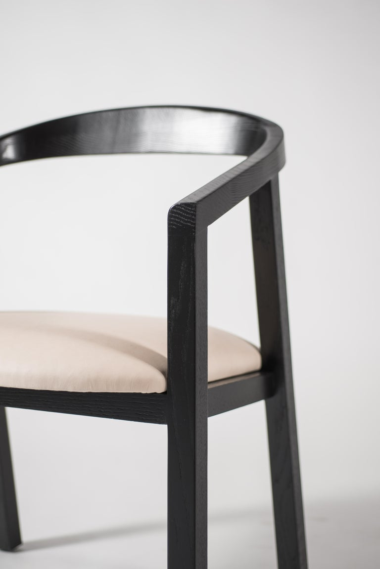 Contemporary Oak Dining Chair in Black with Leather Seat / Dining Chair GH1 For Sale