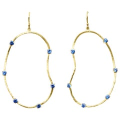 Oyster Earrings with 0.35 Carat Sapphires in 18 Karat Gold
