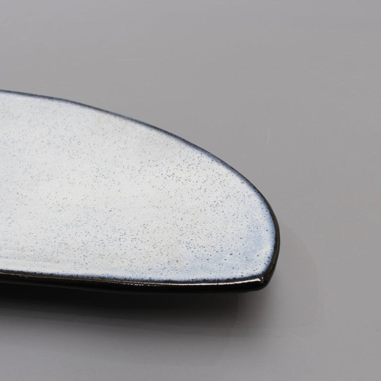 Oyster Shell Shaped Ceramic Tray by Marcel Guillot, circa 1960s For Sale 3