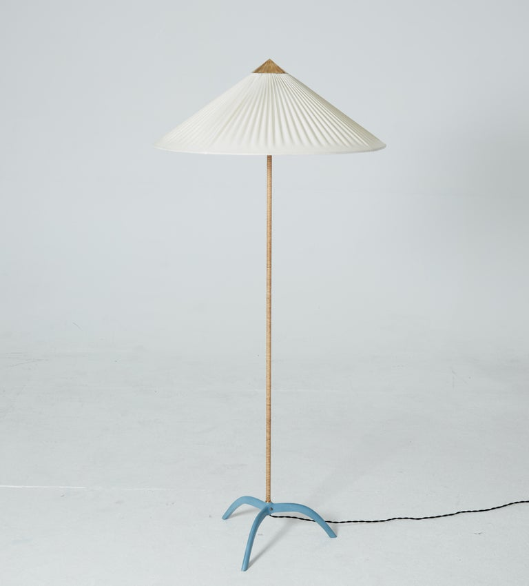 Paavo Tynell Chinese Hat Floor Lamp Model 9615 Taito Oy