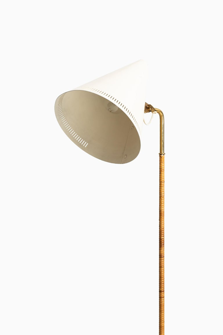 Finnish Paavo Tynell Early Floor Lamp Model K-10-10 by Taito Oy in Finland For Sale